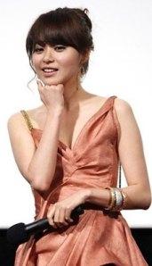 Lee-Young-Eun-02